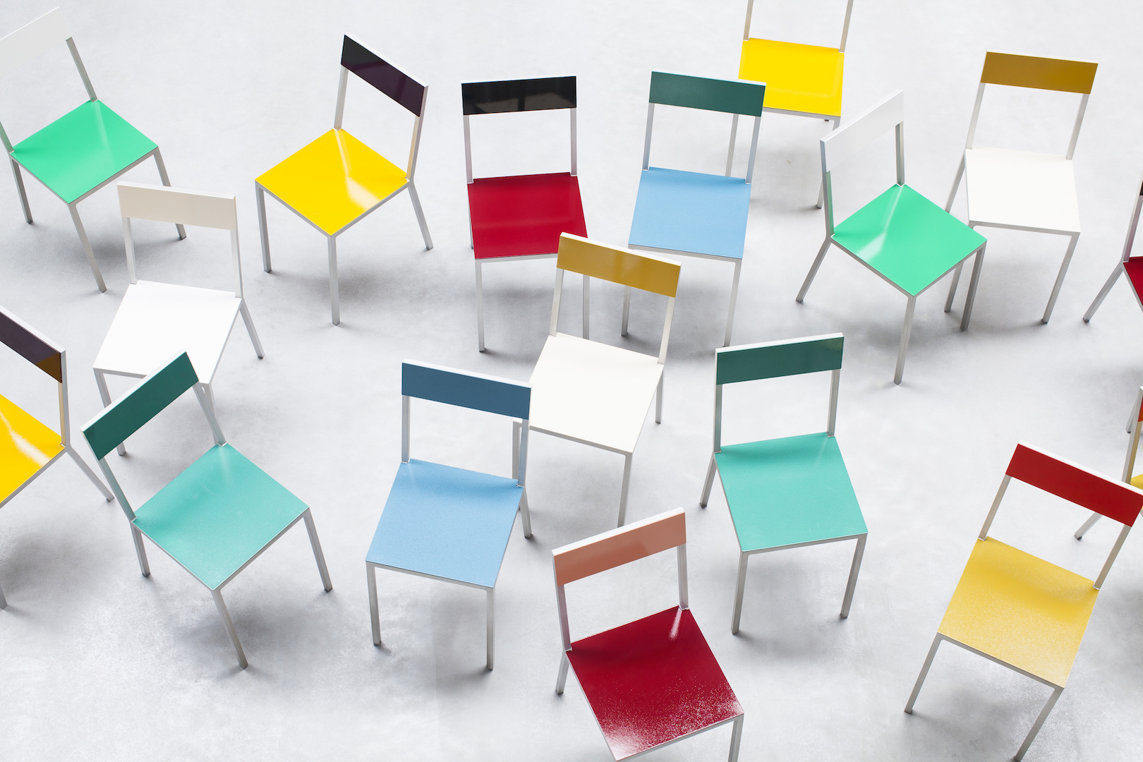 Alu Design Vaison La Romaine chaise alu